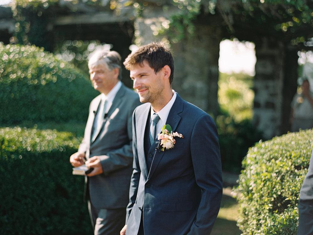406_Josh+Lindsey_Brumley & Wells_Fine_Art_Film_Photography_Westport_Mass_New_England_Wedding.jpg