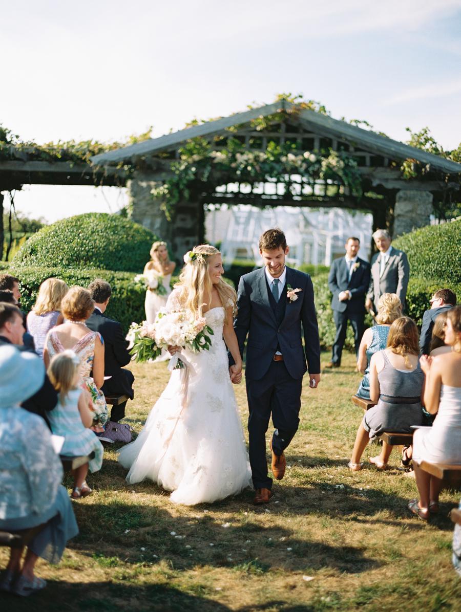457_Josh+Lindsey_Brumley & Wells_Fine_Art_Film_Photography_Westport_Mass_New_England_Wedding.jpg
