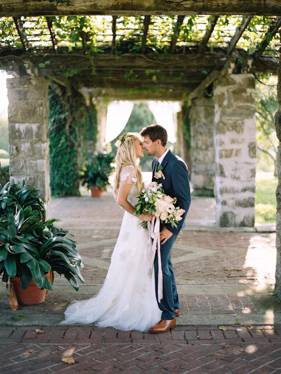 557_Josh+Lindsey_Brumley & Wells_Fine_Art_Film_Photography_Westport_Mass_New_England_Wedding.jpg