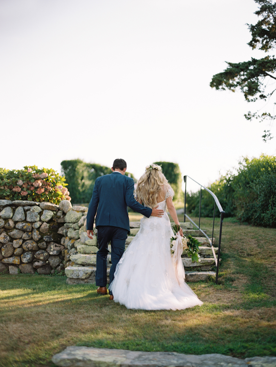 591_Josh+Lindsey_Brumley & Wells_Fine_Art_Film_Photography_Westport_Mass_New_England_Wedding.jpg