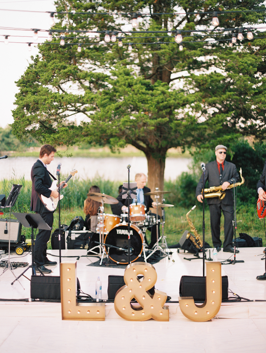 662_Josh+Lindsey_Brumley & Wells_Fine_Art_Film_Photography_Westport_Mass_New_England_Wedding.jpg