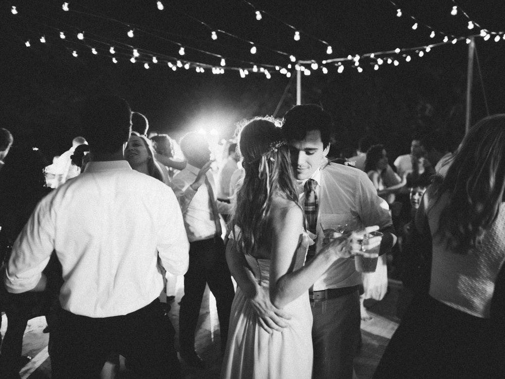843_Josh+Lindsey_Brumley & Wells_Fine_Art_Film_Photography_Westport_Mass_New_England_Wedding.jpg