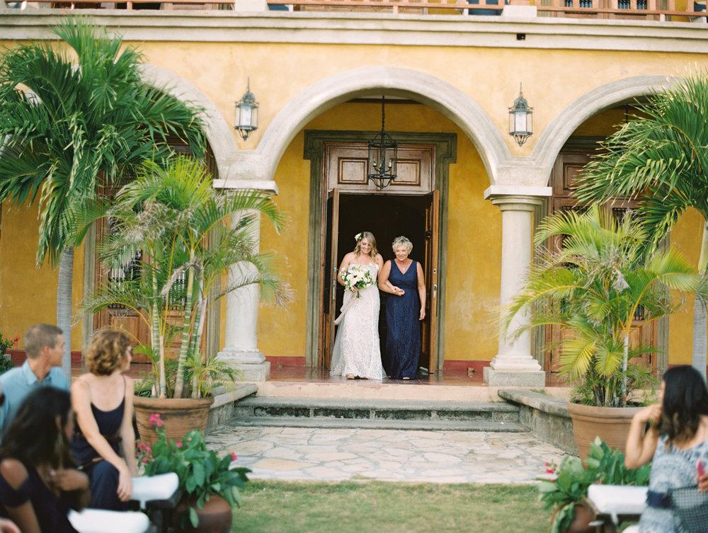 324-fine-art-film-photographer-destination-wedding-nicaragua-jacob+cammye-brumley & wells.jpg