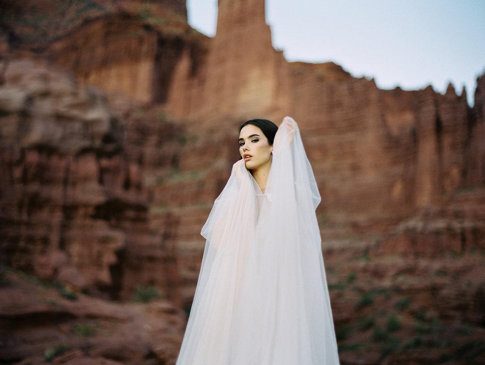 0398-allure-bridal-moab-utah-brumley-wells.jpg