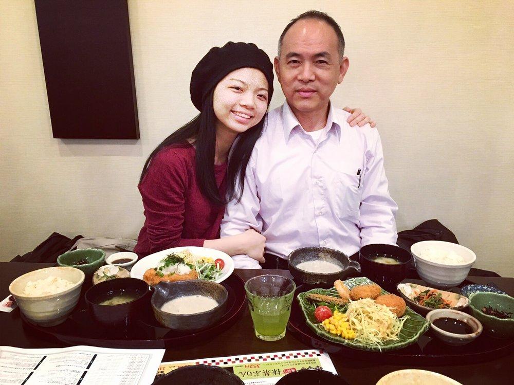 我跟爸爸在日本的晚餐時光