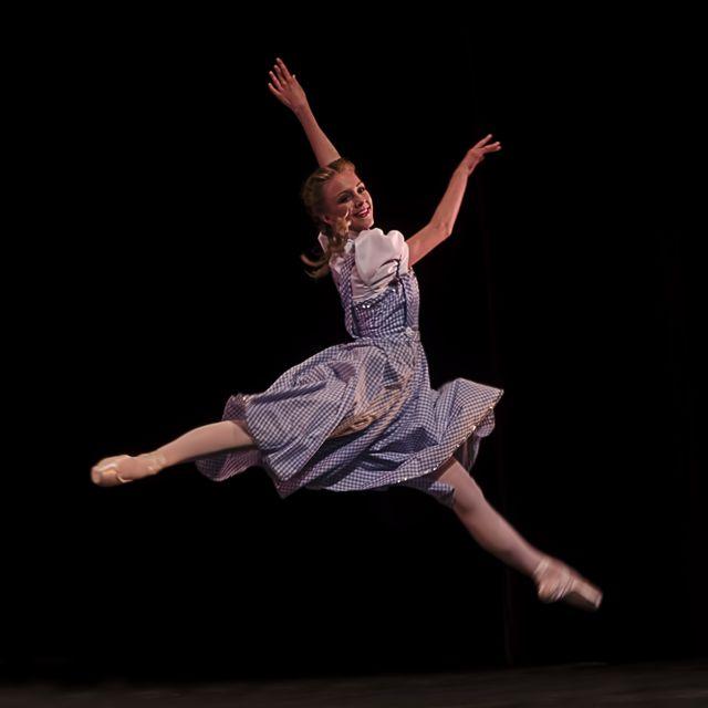 Marissa-WOO-Dorothy.jpg