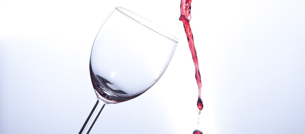 wine-glass-2651654_1920.jpg