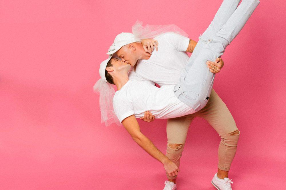 LOVE-IS-LOVE-BANG-BANG-SHOOTING-CLUB-11-1000x667.jpg