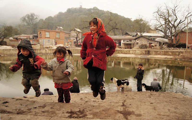 Dai Yunliang (Yi) - The Love of Mountains