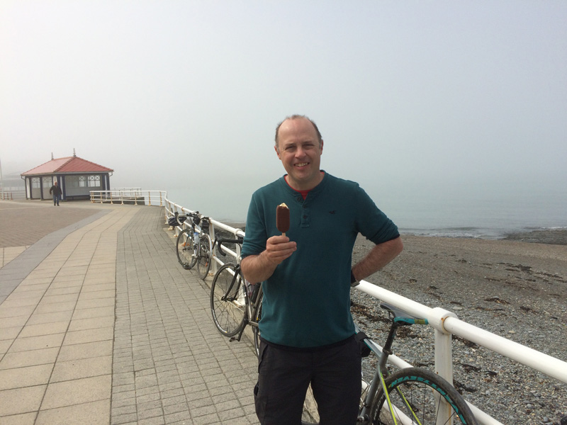 Warren finally gets his ice cream in Aberystwyth
