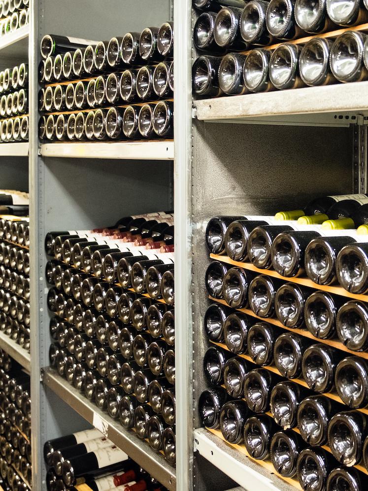 restaurant_wine_cellar