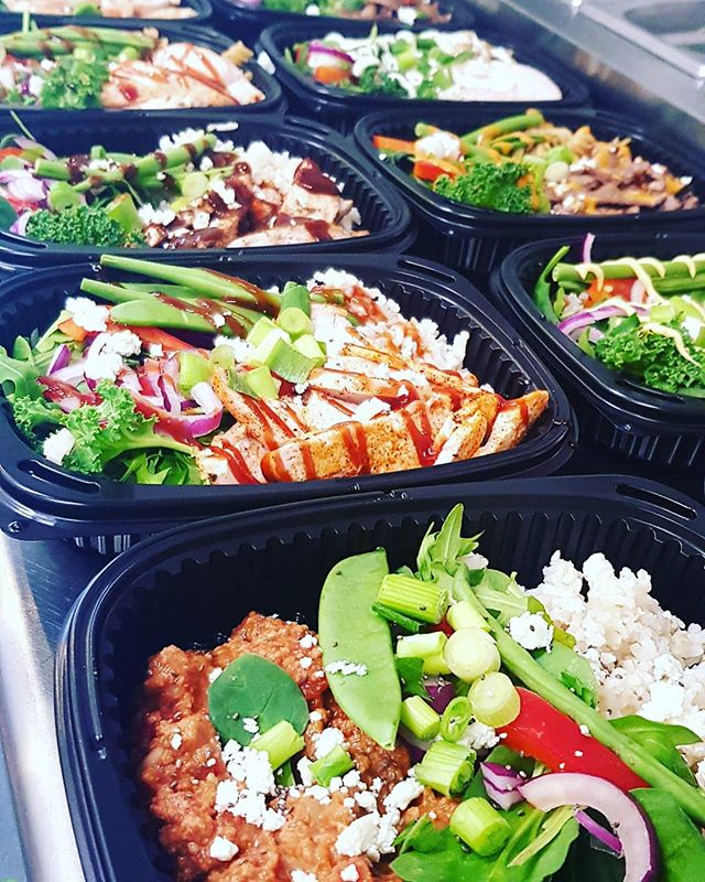 Nice selection of delicious & nutritious meals freshly prepped to be delivered at @usnboltonarena 🍗🥩🥦💕 #healthyfood #healthy #food #healthylifestyle #fitness #foodporn #foodie #instafood #gym #fit #health #healthyeating #diet #yummy #nutrition #motivation #weightloss #workout #fitnessmotivation #foodphotography #foodblogger #eatclean #love #cleaneating #delicious #instagood #fitfam #bhfyp