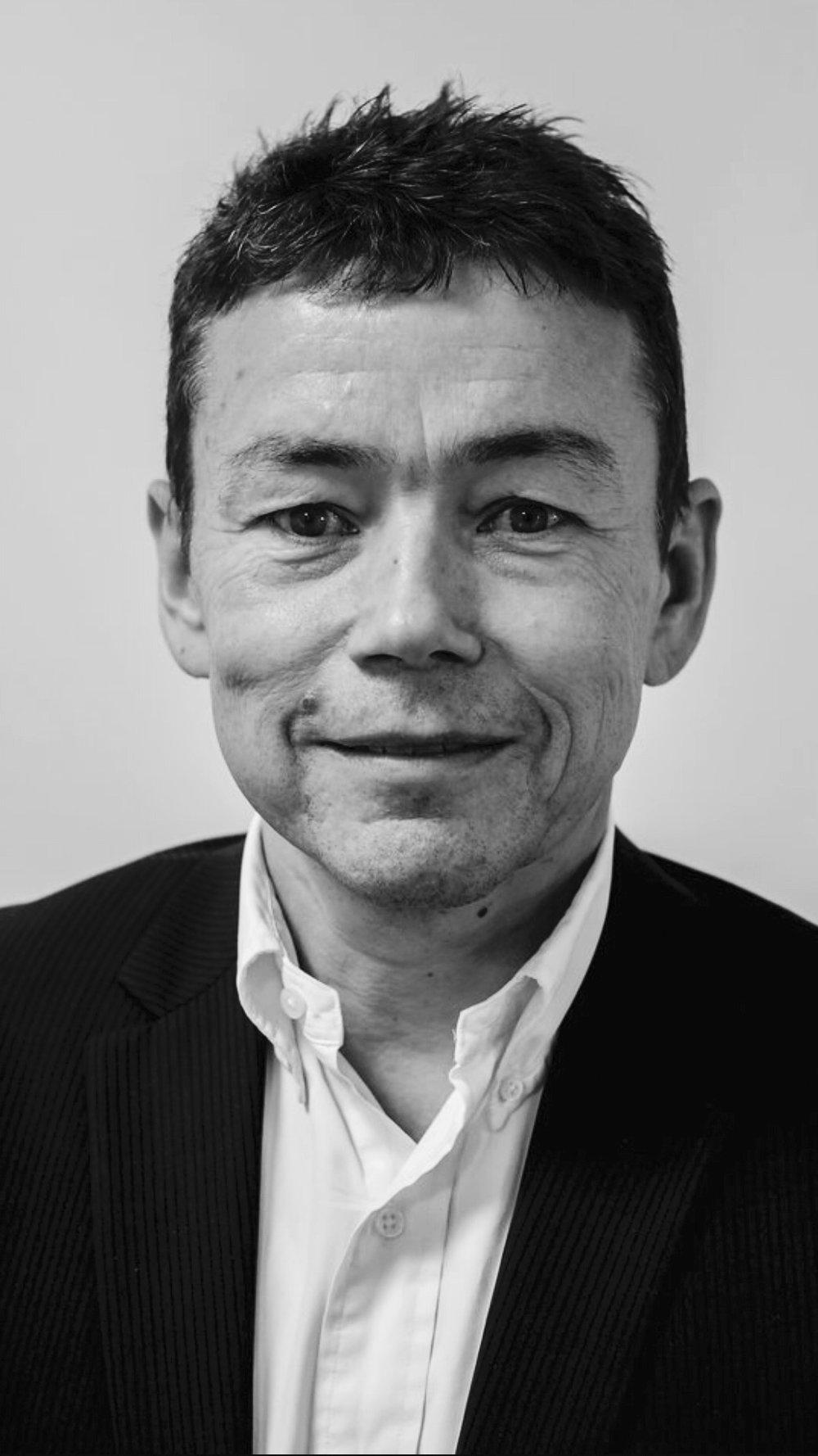 Morten Krarup,  Director - har mere end 30 års erfaring inden for IT, Telecom og E-Commerce. Som direktør i både store internationale koncerner, mindre selskaber og startups har han stor erfaring med opstart, processer, operationel ledelse og strategi. Morten er oprindeligt uddannet som datamatiker og har derudover en management uddannelse fra INSEAD.