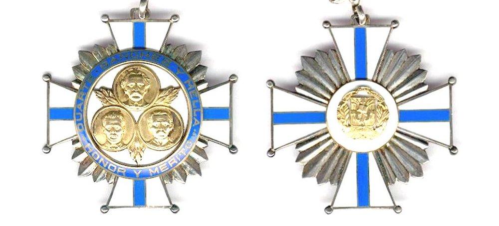 Condecoración de la Orden de Duarte Sanchez y Mella