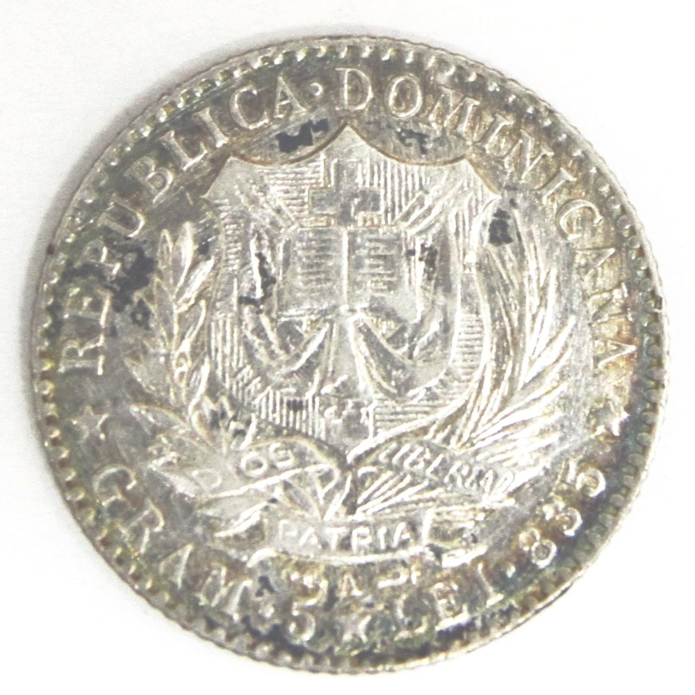 Love Token sobre moneda dominicana 1891