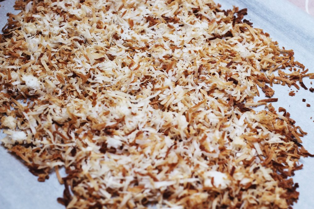 Toasted sweetened shredded coconut
