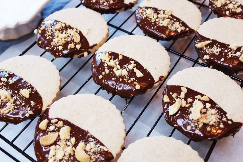Chocolate-dipped spice cookies