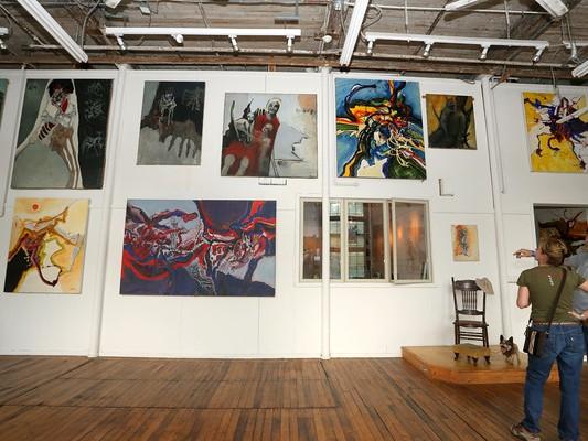 Frank-Welles-Main-Gallery_Maureen-Plainfield-533x400.jpg
