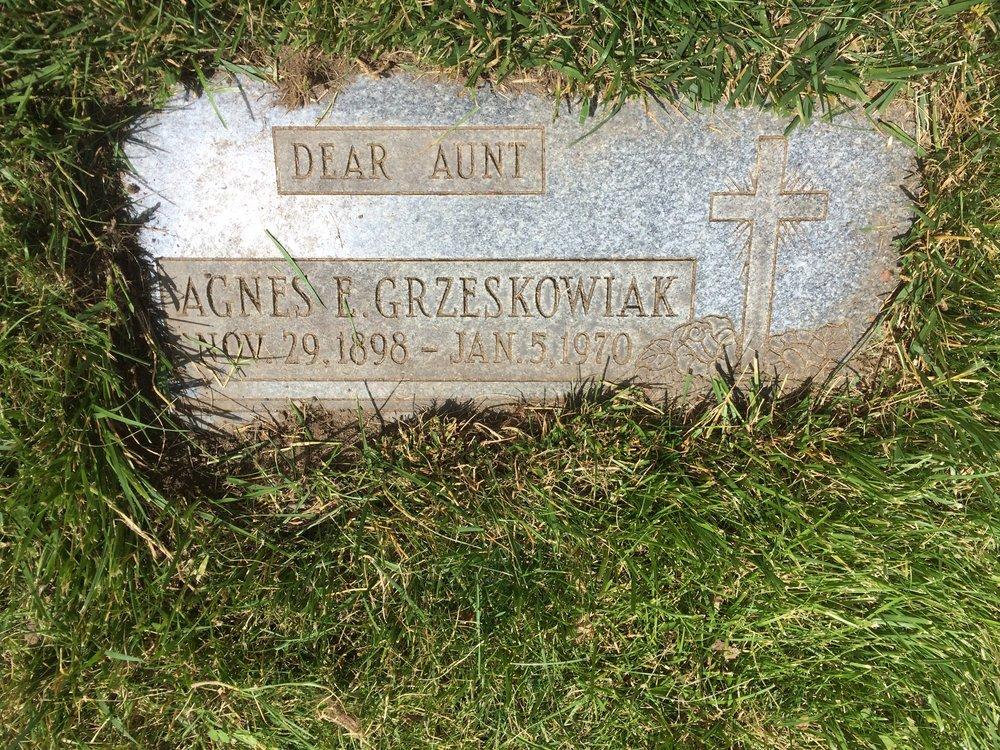 Agnes E. Grzeskowiak - Mt. Olivet - Detroit, MI