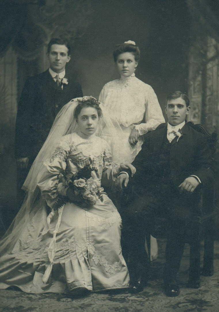 John Pawlowski and Paulina Grzeskowiak Pawlowski wedding (1904).