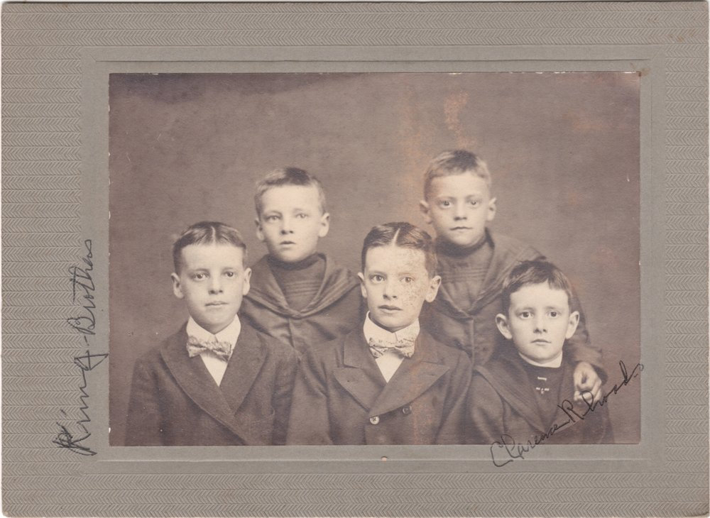 Clarence O. Rhoads (1893-1964)  on the far right with some of his Kring Cousins