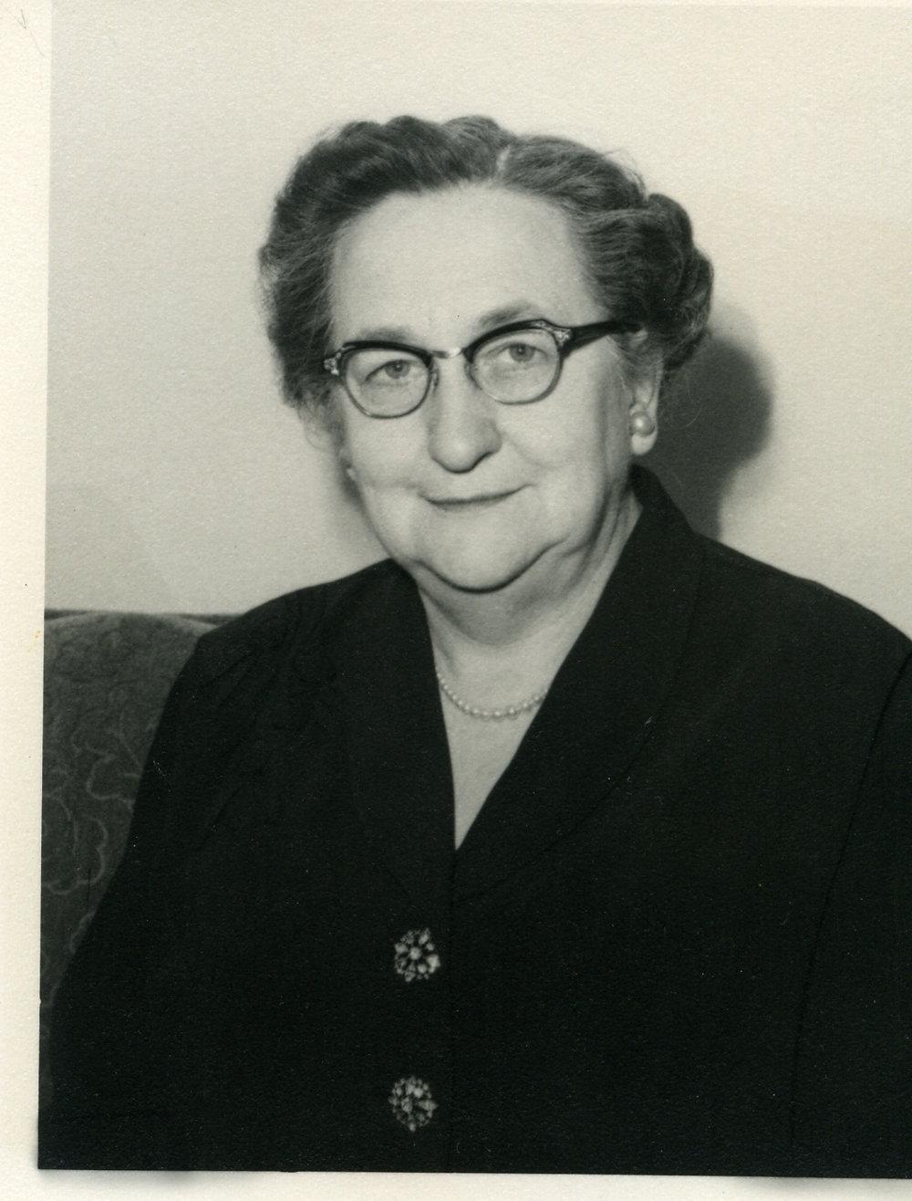 Alma Ratz Hanley (1894-1979)