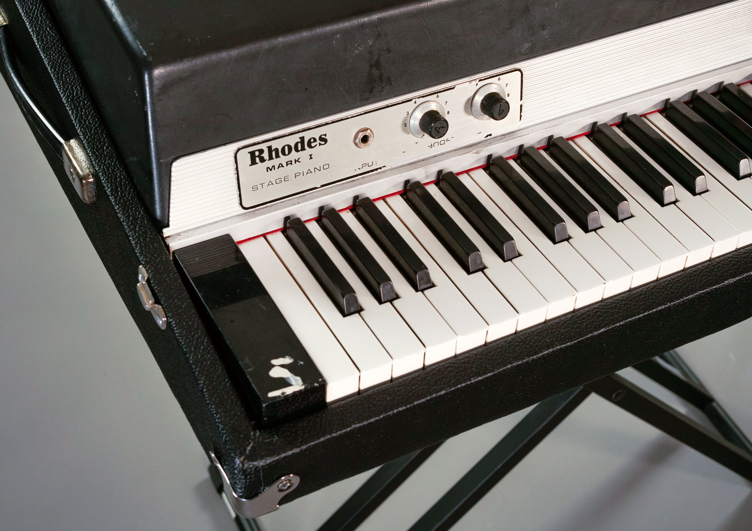 Fender Rhodes Set of New Four Legs for all stage model electric piano