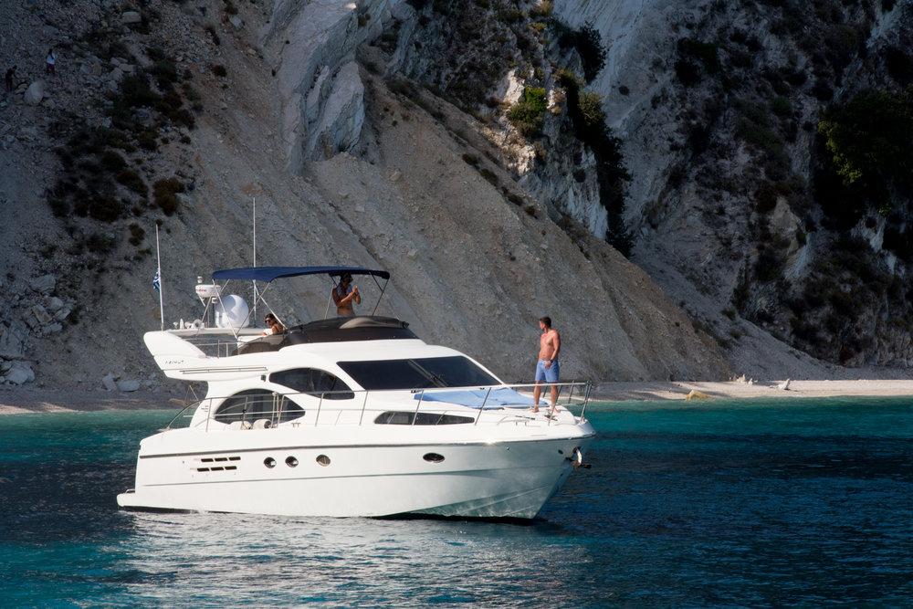 RioFrio Yacht