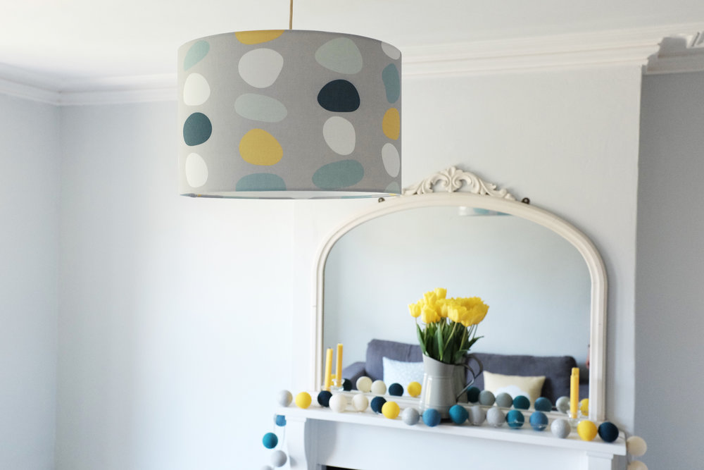 Pebble lampshade lifetstyle.jpg