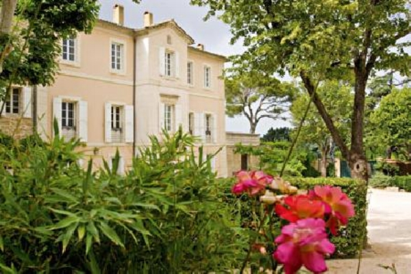 Chateau La Tour Vaucros.jpg