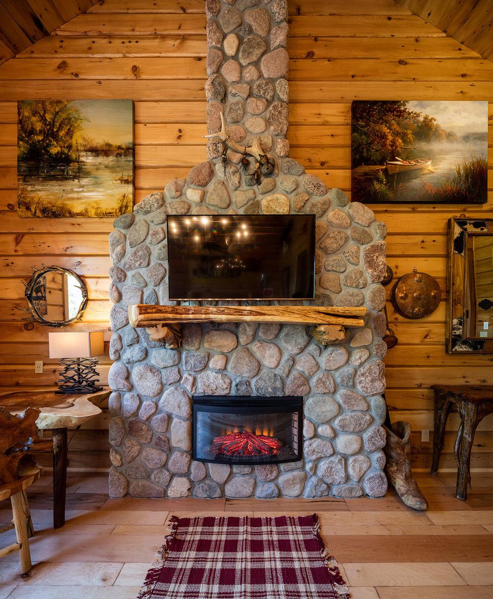 Log Cabin (15 of 19).jpg