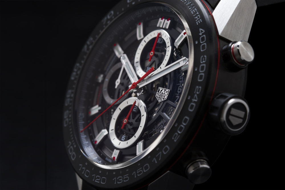 The Heuer-01 has a modular construction, meaning its made up of several separate components.