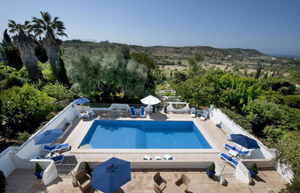 4 Swimming Pool from Camilo Balcony.jpg