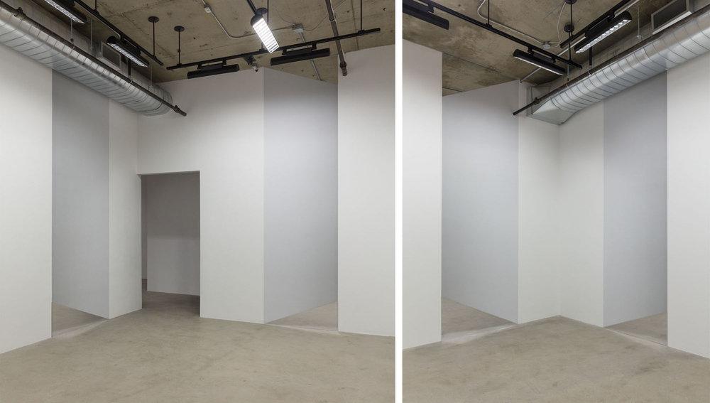 Caroline Cloutier, Vertige, 2014, installation photographique : impression numérique sur vinyle et miroir.