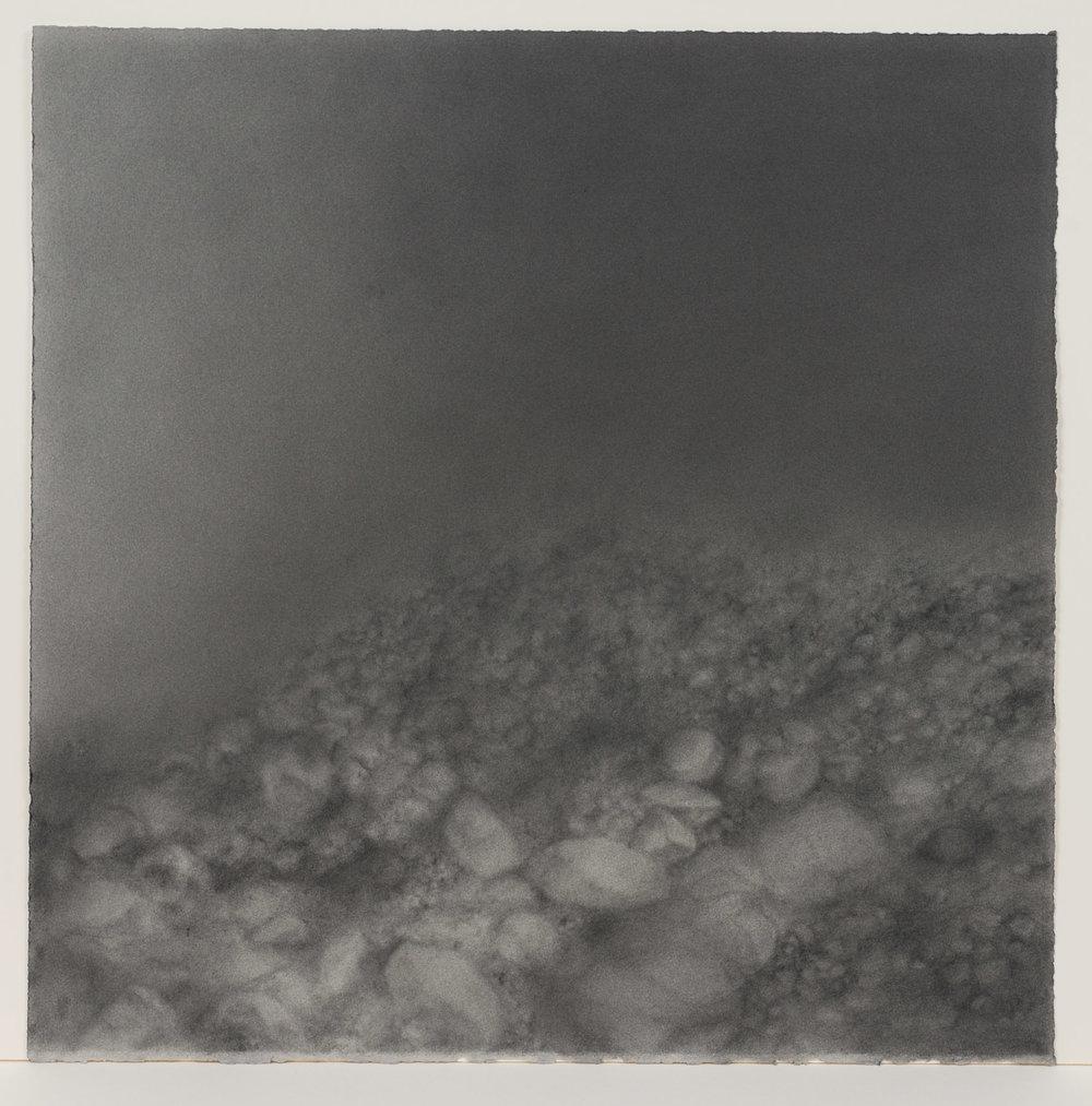 """Andréanne Godin, #04 : History of a Landscape (Variation IV),  de la série  Descriptions de paysages , 2015, poudre de graphite sur papier Arches,24"""" x 24"""" (61 x 61 cm)."""