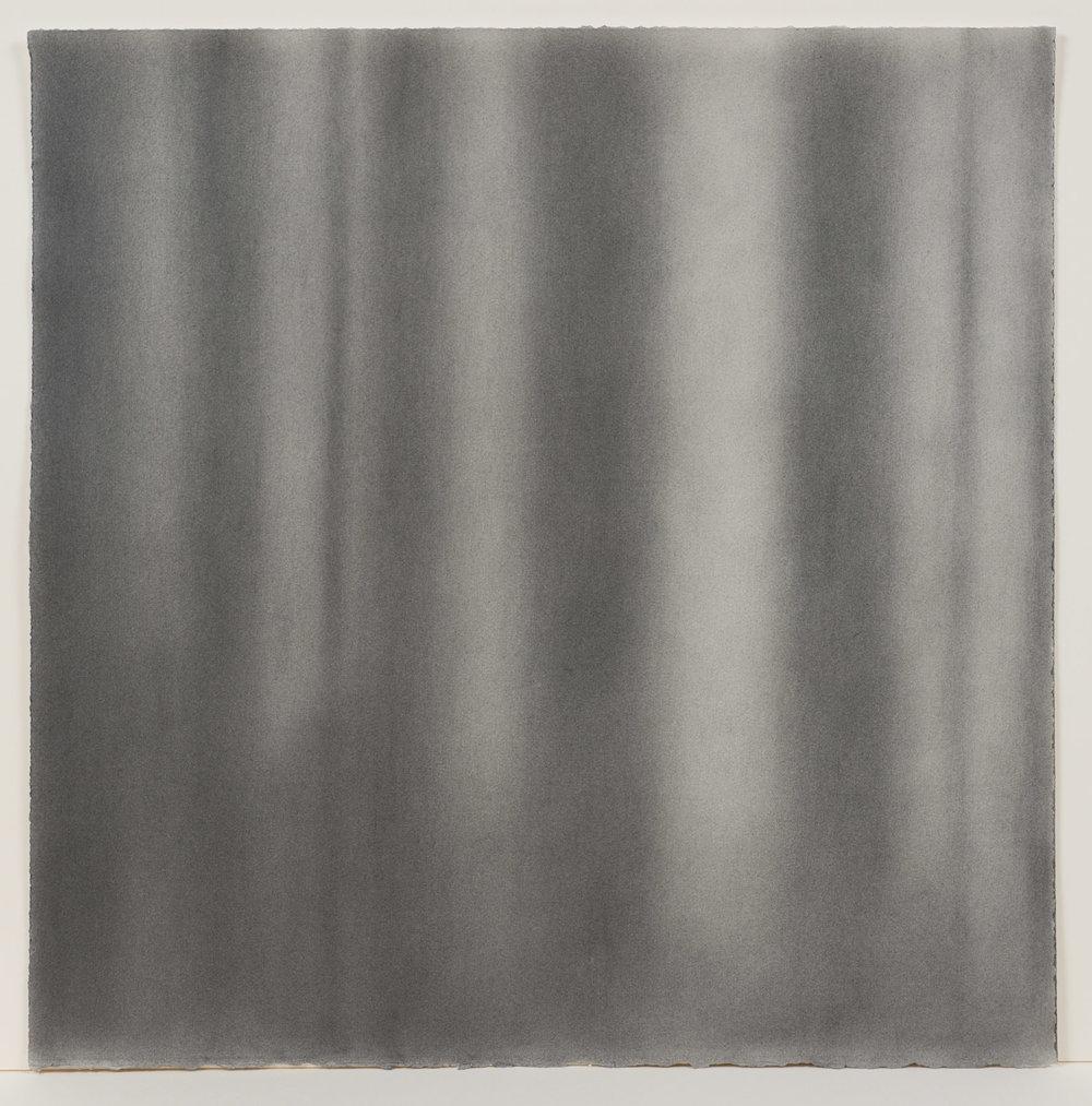 """Andréanne Godin, #04 : History of a Landscape (Variation III)  de la série  Descriptions de paysages , 2015, poudre de graphite sur papier Arches,24"""" x 24"""" (61 x 61 cm)."""