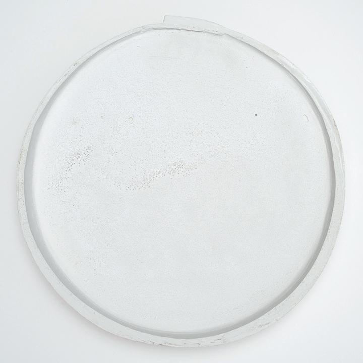 """Andréanne Godin,  Sans titre (Venitian Red) - Dos , 2016, impression jet d'encre sur papier Epson Hot Press Bright monté sur aluminium, 101 x 101 cm (40"""" x 40"""")"""
