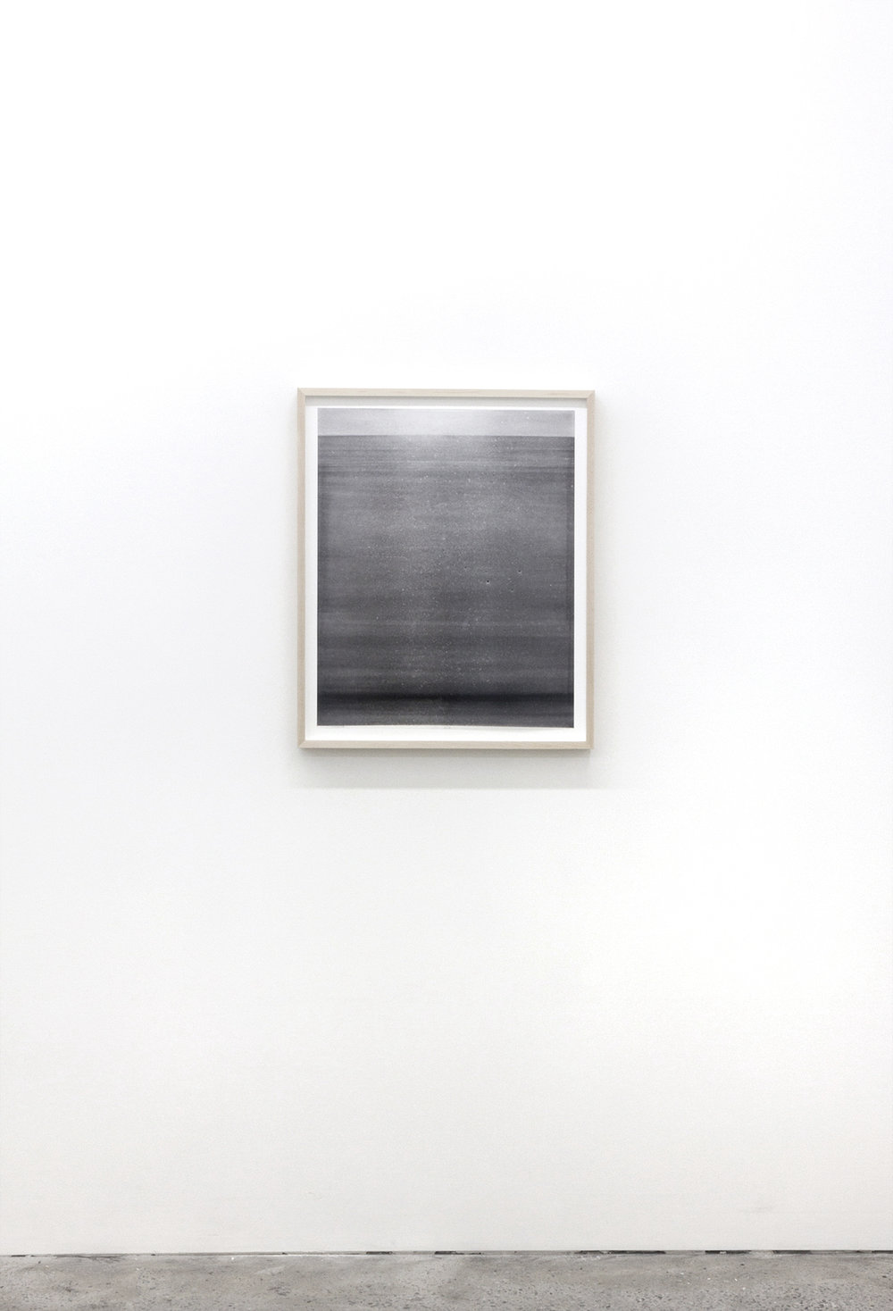 "Jim Verburg,  Untitled (de la série Metaphysical Obstacles and The Acceptance of the Inevitable),  2016, peinture à base d'huile sur Mylar givré, 27"" x 22"" (67 x 56 cm)."