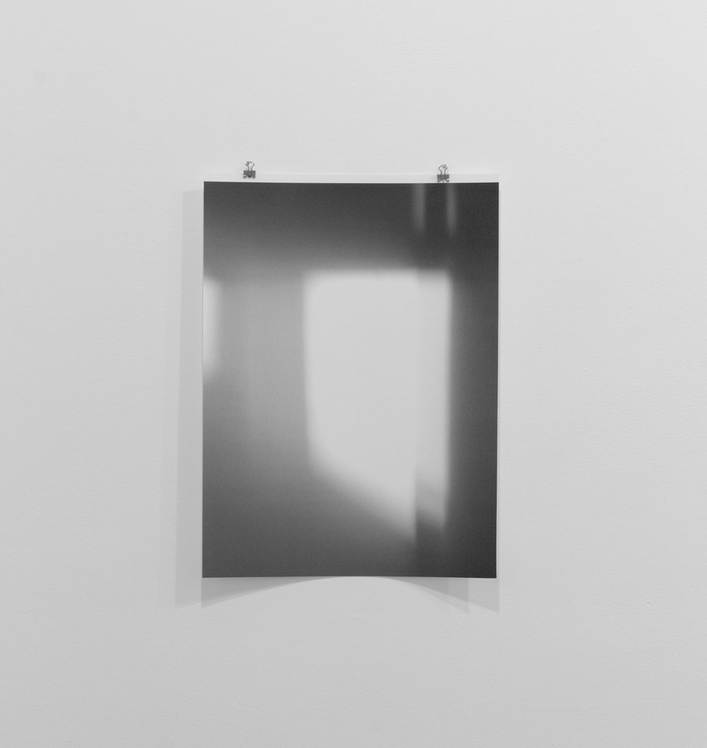 """Jim Verburg,  Untitled (reflected/repeated #3) , 2014, photographie mobile, impression jet d'encre,  43 x 30 cm (17"""" x 12"""")"""