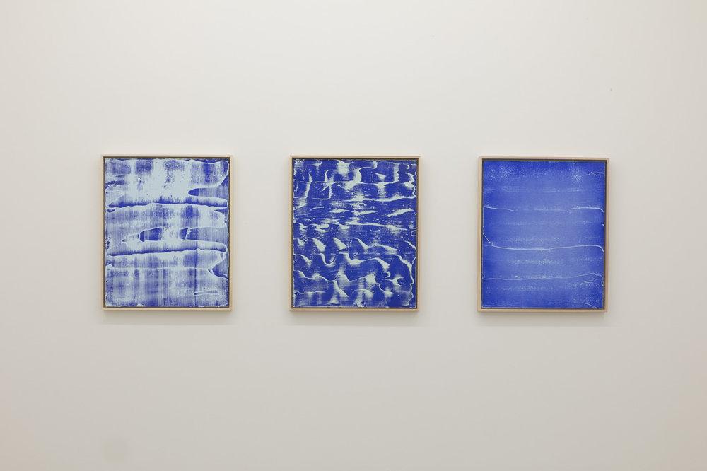 Pierre Julien,  Blue Prints , 2017, vue d'exposition, Galerie Nicolas Robert, photo : Jean-Michael Seminaro