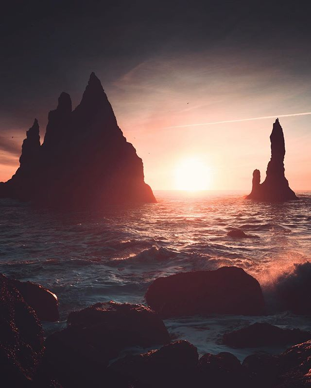 Stacks at Sunrise - Offshore in the North Atlantic lie stacks of basalt rock, remnants of a once more extensive cliffline which has now been battered by the sea. This image was photographed on the black beach in Vik which happens to be one of the wettest places in Iceland. . . . . . #visualseduction #earthfocus #stayandwander #travelstoke #natgeotravel #landscape_captures #visualsofearth #globalcapture #justgoshoot #lensbible #passionpassport #worldprime #igtones #creatorgrams #global_shotz #exploretocreate #visualsoflife #artistfound #earthpix #ourplanetdaily #yourshotphotographer #createandcapture #hbouthere #discoverearth #createcommune #milliondollarvisuals #hq_globe #icelandsecret #untoldvisuals #canon_photos