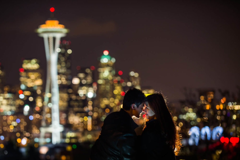 kerry-park-night-engagements.jpg
