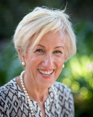 Julie Betwee
