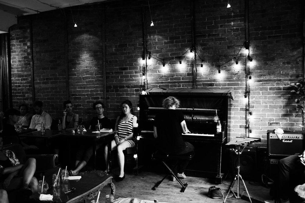 05 juillet 2016 @ Dépanneur Café - Montréal, Canada