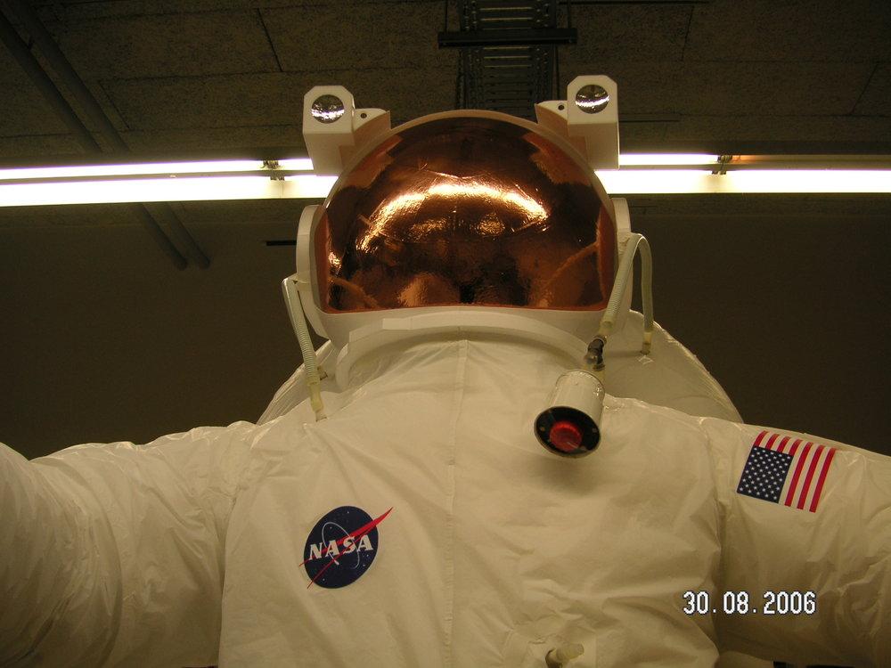Astronaut_02.JPG