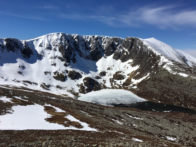 lochnagar and the 5 white mounth munros hillgoers outdoor adventures