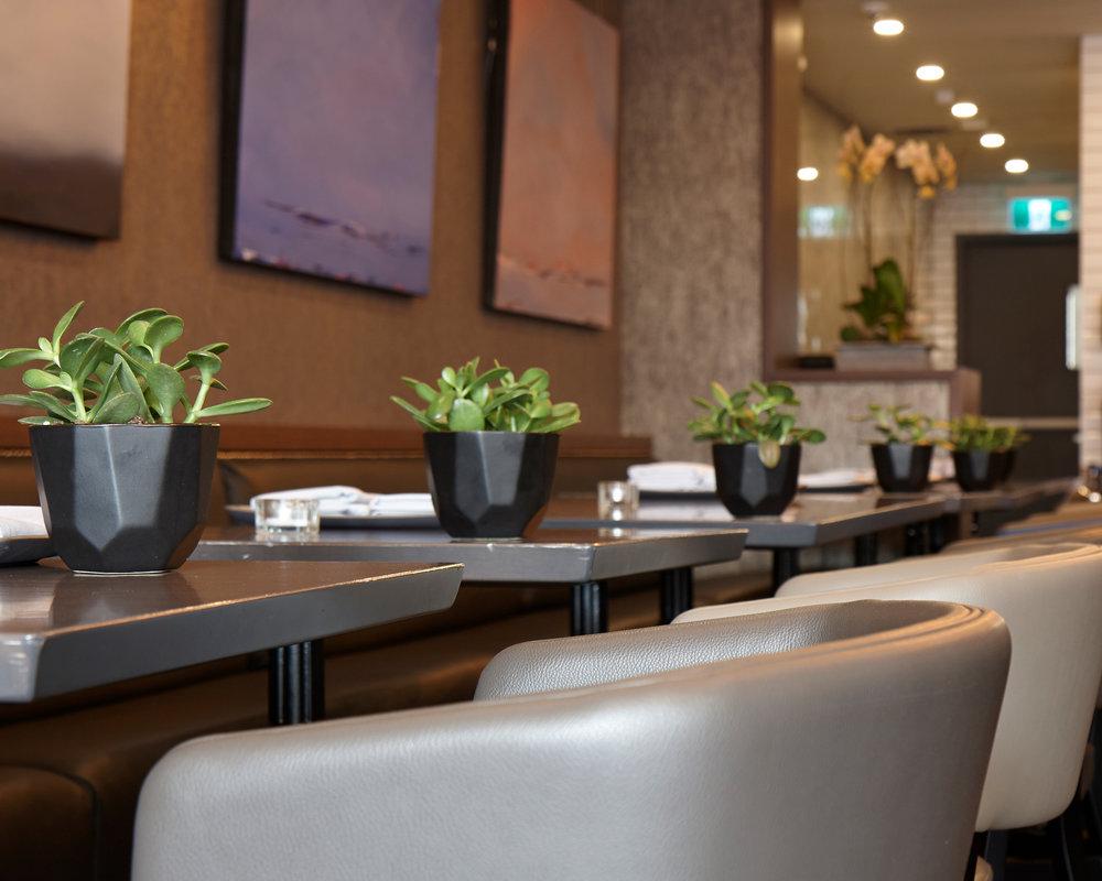 enticelounge-diningroom.jpg