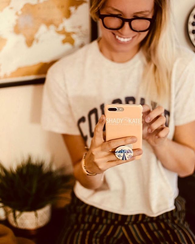 New blog post is up on my experience using @caseapp to design a custom iphone case for my boyfriend with a photo of us on it so girls at the bar know he's taken #linkinbio JK, but really, @caseapp is super fun and affordable and has a ton of design options so you can make your vision come to life! Check the link in my bio for more! (And use code SHADYKATE20 to save you some moneyyy)