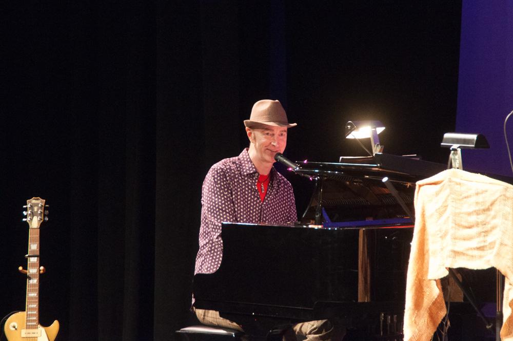 053 Concert-Jamie Pham.jpg