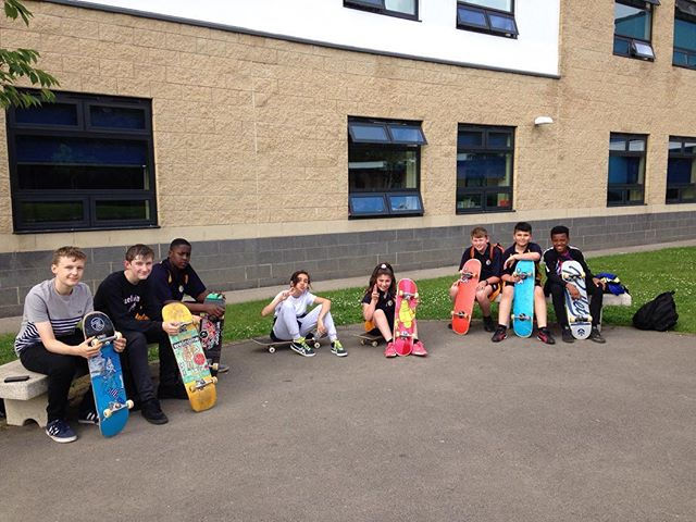 Had a great time coaching these guys last night. Cooling off after a couple of hours shredding! Some first ollies going on, first kickflips, all kinds of #radness 💪 see ya next week! #skate #inspire #nextgeneration #shred #rad #awesome #skater #skatecoaching #skatecoach #skateboarding #skateboardingisfun #skatelife #grom #leeds #yorkshire